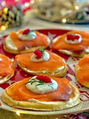 Blinis con salmone